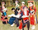 Đồng bào các dân tộc chuẩn bị chu đáo cho năm học mới