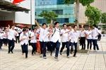 Học sinh Hà Nội náo nức đón năm học mới