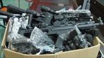 Thu giữ 70 khẩu súng đồ chơi Trung Quốc gây sát thương