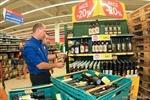 Séc cấm bán rượu mạnh sau khi 19 người chết do ngộ độc