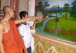 Sơn Đi Nết và niềm đam mê hoa văn Khmer