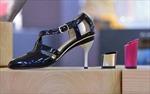 Hết đau chân nhờ giày cao gót điều chỉnh độ cao