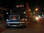 Xe máy va chạm Container, 1 người tử vong