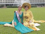 'Người phụ nữ Việt Nam thật thân thiện, mến khách và nhân hậu'
