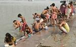 """Ấn Độ kêu gọi """"không toilet, không cưới"""""""