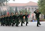 Xem sĩ quan quân đội thi điều lệnh