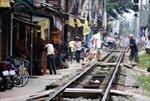 An toàn đường sắt: Chính quyền không thể ngoài cuộc