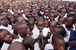 Cứ ba trẻ ra đời, có một trẻ ở châu Phi