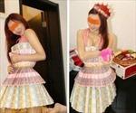 Cô gái gây sốc khi khoe váy 700 triệu làm bằng tiền mặt