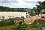 Bất lực nạn 'cát tặc' sông Tứ Câu