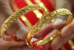 Vàng châu Á giảm giá