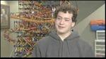 Cậu sinh viên làm máy pinball khổng lồ