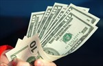 Mỹ báo động nguy cơ cạn tiền