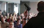 Giáo viên Mỹ đổ xô mua súng phòng thân