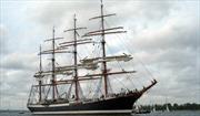 Thuyền buồm lớn nhất hoàn tất vòng quanh thế giới