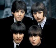 'Nhẫn quyền lực' của tay trống Beatles giá 28.000 USD