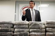 Bắt 1,3 tấn ma túy trên máy bay Air France
