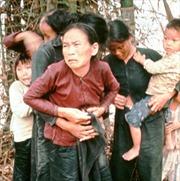 """Sự thật sau bức ảnh thảm sát Mỹ Lai gây chấn động không kém """"Em bé Napalm"""""""