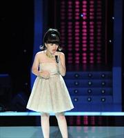 """Cô bé 16 tuổi đăng quang """"Giọng hát Việt 2013"""""""