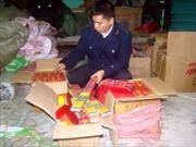Lạng Sơn bắt giữ gần hai tấn pháo lậu