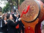 Phó Chủ tịch nước dâng hương khai hội Kinh Dương Vương