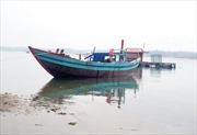 Giải cứu tàu cá mắc cạn ở ngư trường Trường Sa