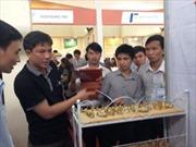 Hàng ngàn khách tham quan Vietnam Expo 2014