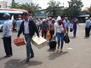 Dân đổ về Tp. Hồ Chí Minh sau nghỉ lễ gây ùn tắc cục bộ