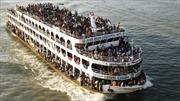 Lật phà chở 200 người ở Bangladesh