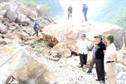 Khẩn trương tìm kiếm nạn nhân vụ sạt lở núi ở Hà Giang