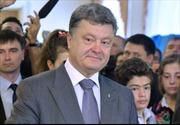 Tỷ phú Poroshenko tuyên bố đắc cử Tổng thống Ukraine