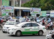 Hà Nội xử lý taxi gây mất trật tự trước bệnh viện
