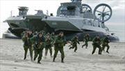 Nga tập trận lớn song song với NATO