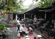 Nhà cổ Vạn Vân hội tụ tinh hoa gốm