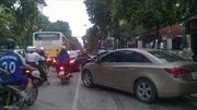 Bãi trông giữ xe dưới lòng đường Thủ đô