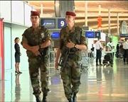 Mỹ siết chặt an ninh hàng không
