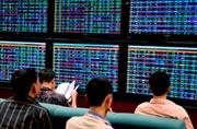 Nhiều cổ phiếu có thông tin hỗ trợ kéo VN-Index vượt 590 điểm