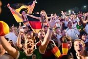 """Hàng triệu người đổ về Berlin đón """"die Mannschaft"""""""