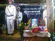 Thượng tướng Lê Quý Vương động viên gia đình sĩ quan công an hy sinh