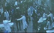 Người nhà bệnh nhân hành hung y tá bệnh viện Bạch Mai