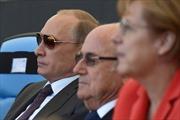 Thủ tướng Đức và Tổng thống Nga mật ước 'đổi gas lấy đất'?