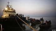 Lật phà chở 250 người ở Bangladesh