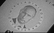 Siêu phẩm iPhone 'Putin titan' nóng trước giờ ra lò