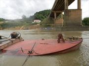 Cầu Giang Sơn lao đao vì khai thác cát