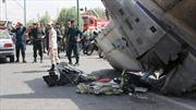 Máy bay Iran rơi ngay thủ đô, 48 người tử nạn