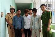 CSGT bắt gọn 3 tên cướp giật tài sản