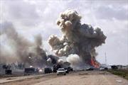 Máy bay Mỹ tấn công đoàn xe của IS