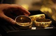Nhân tố Ukraine giúp giá vàng trụ vững