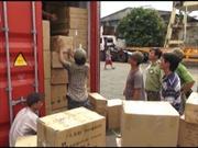 Bắt các đối tượng trộm cắp hàng container