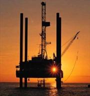 Nhân tố Ukraine và Mỹ đẩy giá dầu châu Á đi lên